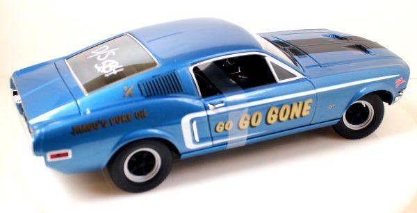 Хоби модели на автомобил Форд Мустанг