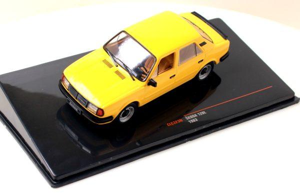 Skoda 120L колекционерски хоби модел