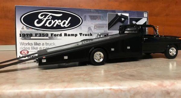 Ford F350 колекционерски модел в мащаб 1/18